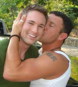 gay-men-kissing